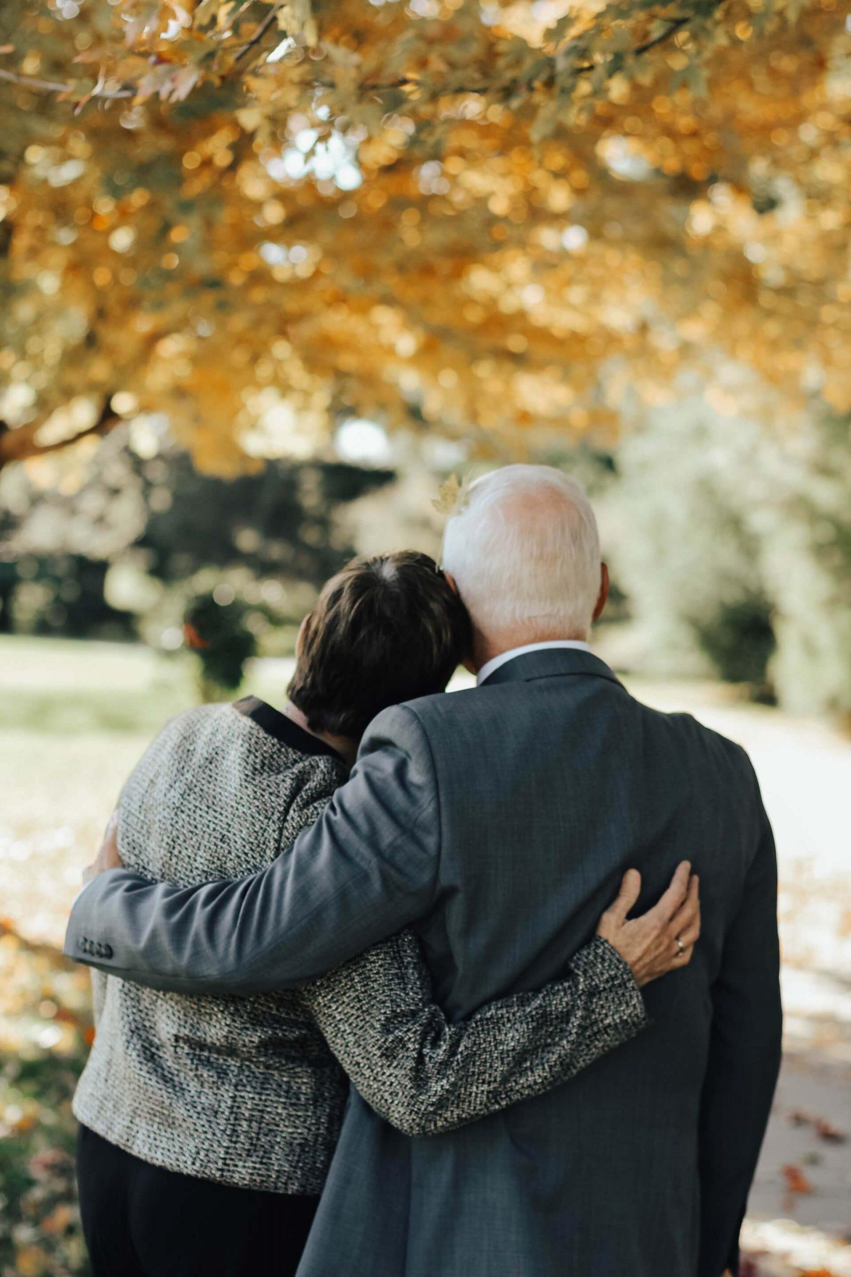 ¿Cuáles son las funciones de un director de funeraria?